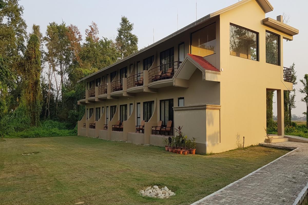 Deluxe Modern Building - Lumbini Buddha Garden